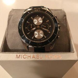 Other - Brand New Michael Kors 8454